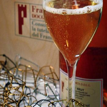 Calice_di_Franciacorta_rosé